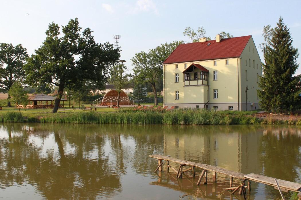 Rewitalizacja dworu w Łukowie Śląskim- adaptacja budynku przy ul. Dworskiej 20
