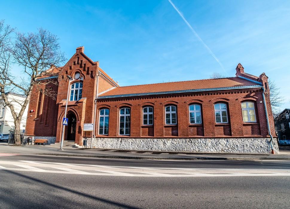 Galeria Stara Łaźnia - rewitalizacja budynku starej łaźni na osiedlu TAZ w Zawierciu